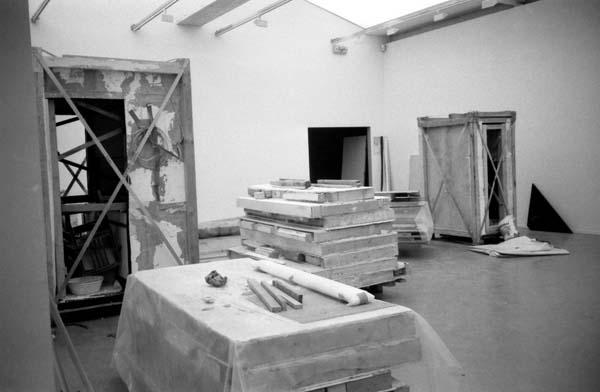 CONSTRUCTION: LA MAISON MORTE u r 1985-1998, Musée d\'Art ...